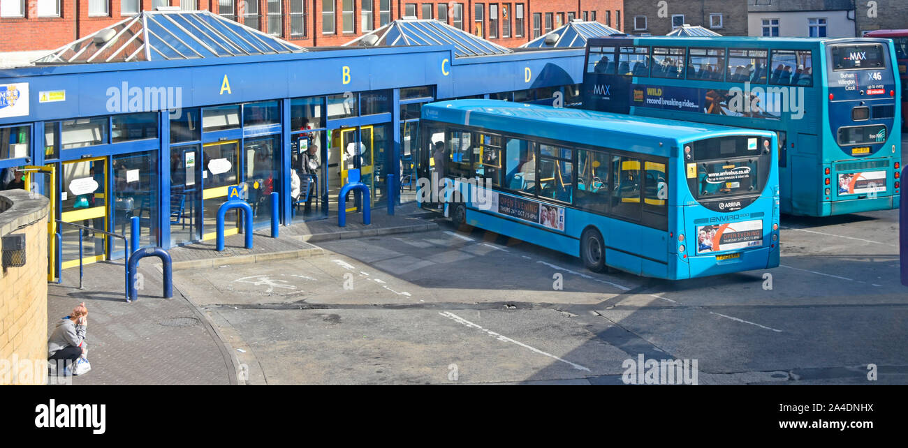 Double Decker Bus Back High Resolution Stock Photography And Images Alamy