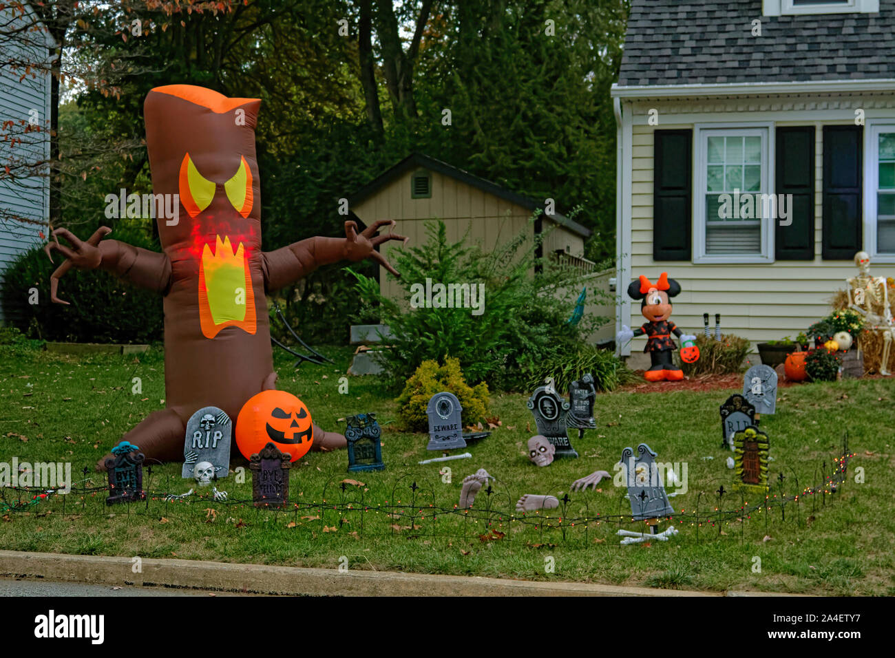 Halloween decorations outdoor house inflated tree