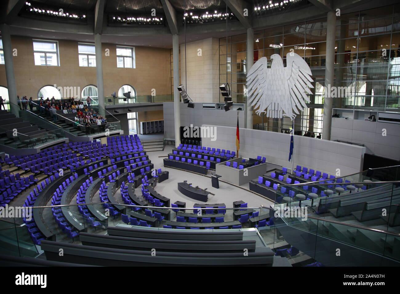 Das Reichstagsgebäude  Berlin Reichstag , Bundestag, Politik, erbaut 1984-1894, Architekt: Paul Wallot, Umbau 1995-1999, Architekt: Sir Norman Foster, Stock Photo
