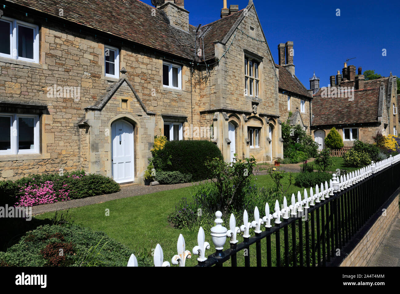 Traditional stone cottages in Ramsey town, Cambridgeshire England UK Stock Photo