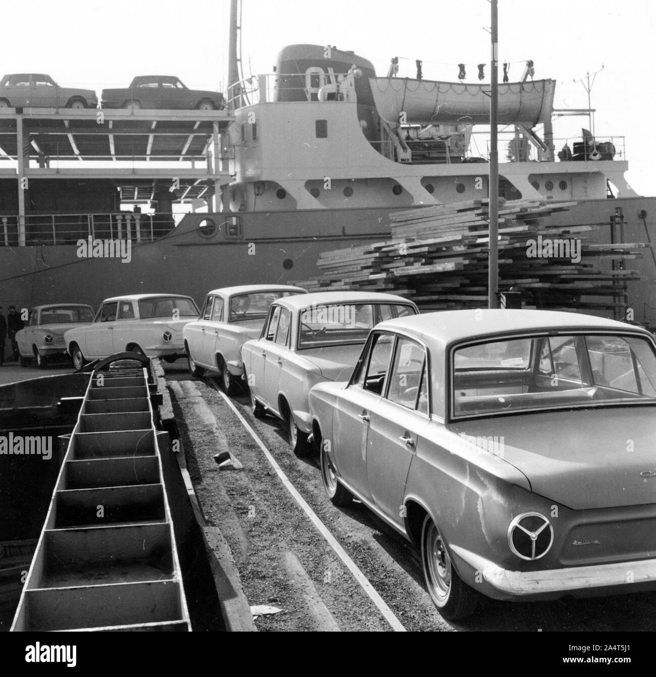 Ford Cortinas for export, 1963. Stock Photo