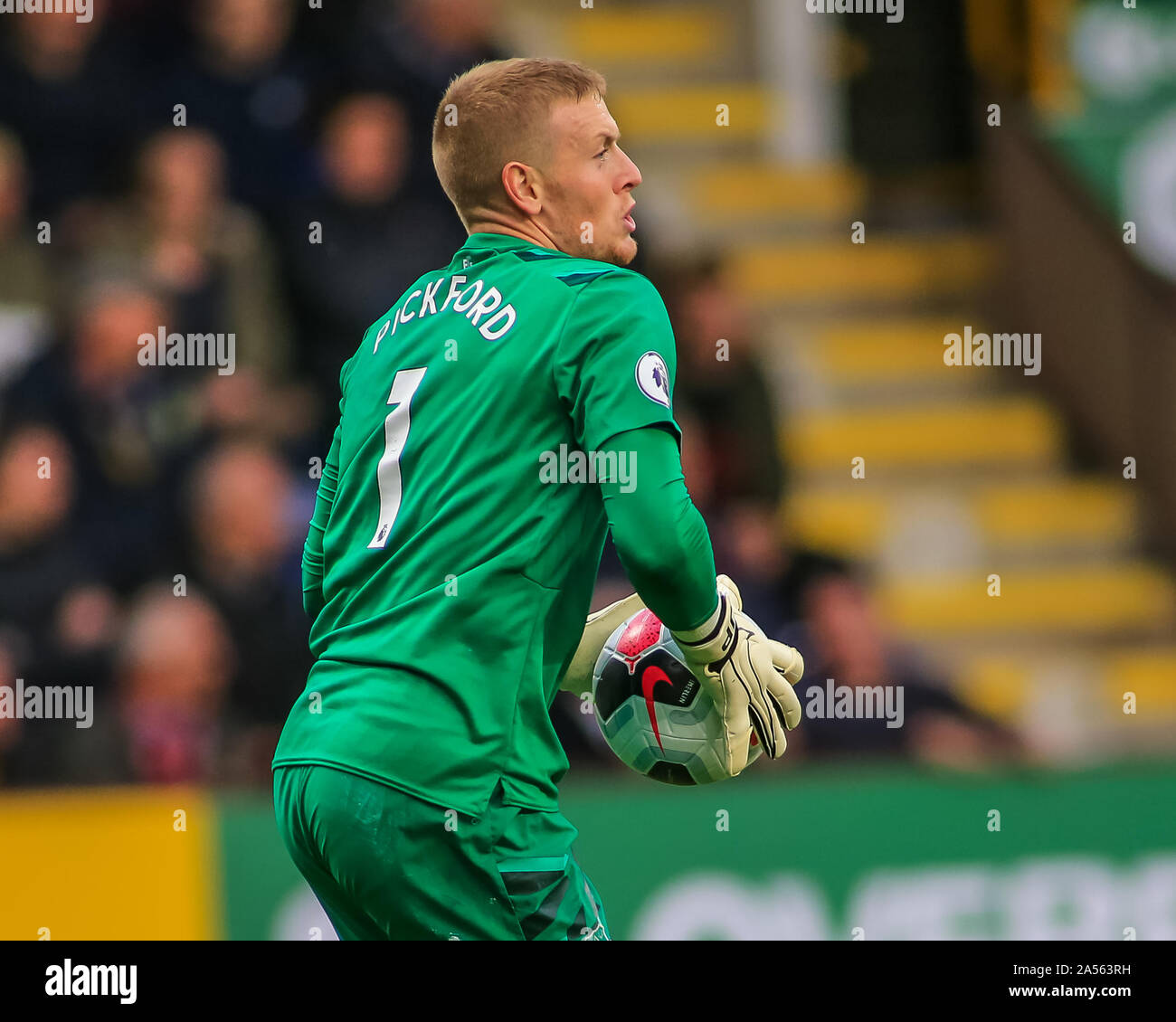 5th October 2019 Turf Moor Burnley England Premier League Burnley V Everton Jordan Pickford 1 Of Everton During The Game Credit Craig Milner News Images Stock Photo Alamy