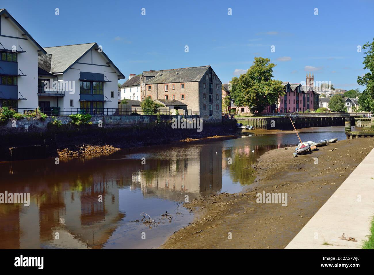 Riverside buildings in Totnes, Devon, at low tide. Stock Photo