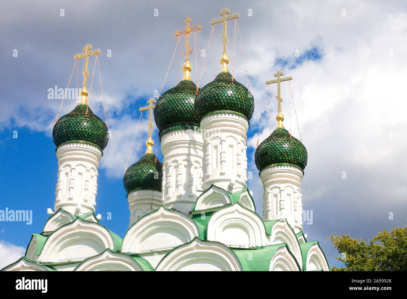 Ancient Russian Orthodox Churches. The green-painted domes of the Church of Blessed Prince Michael and Boyar Theodore of Chernigov the Wonderworkers i Stock Photo