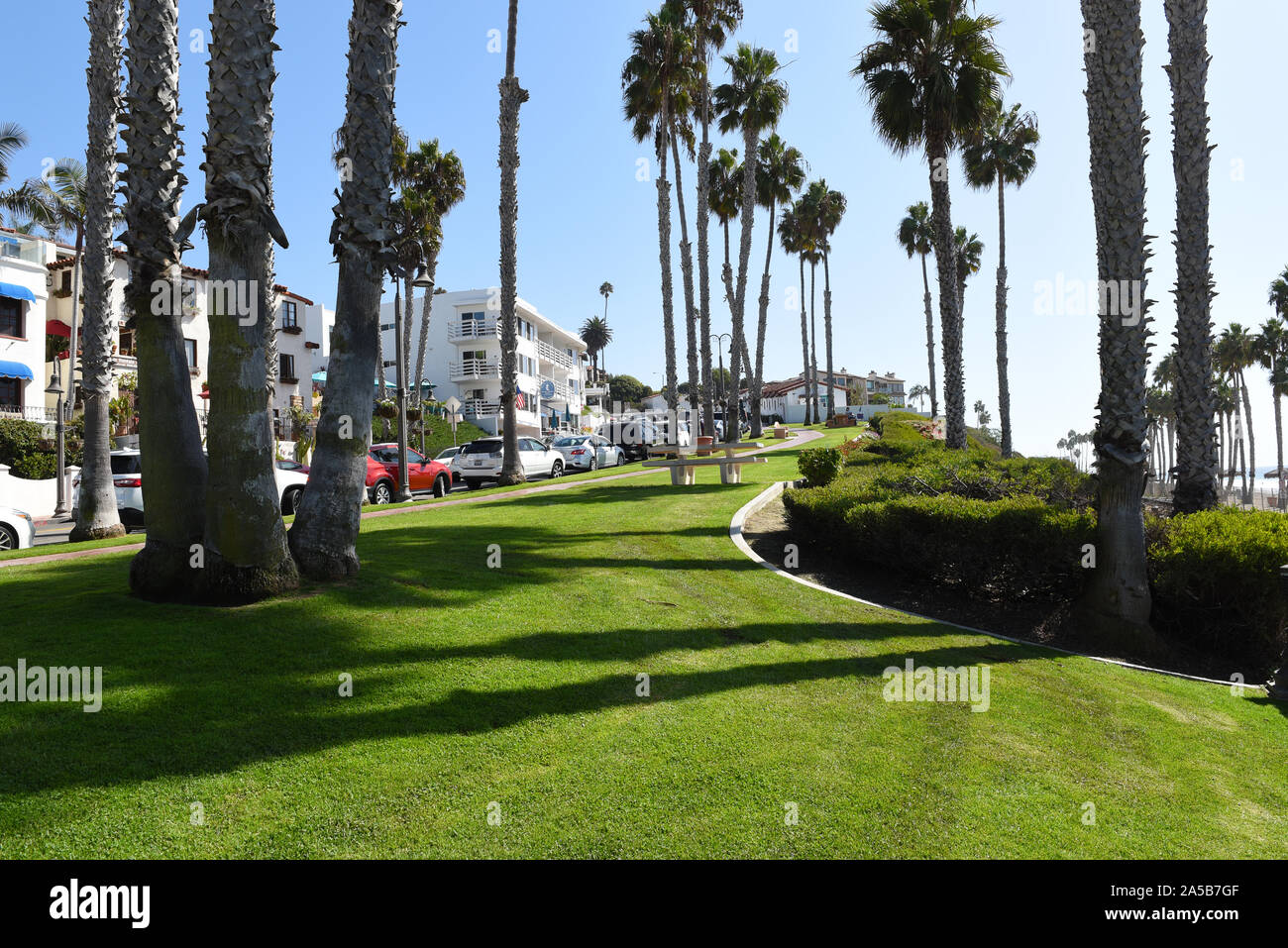 SAN CLEMENTE-, CALIFORNIA - 18 OCT 2019: Park along Avenida Victoria with apartments and shops in the Orange County Beach Town. Stock Photo