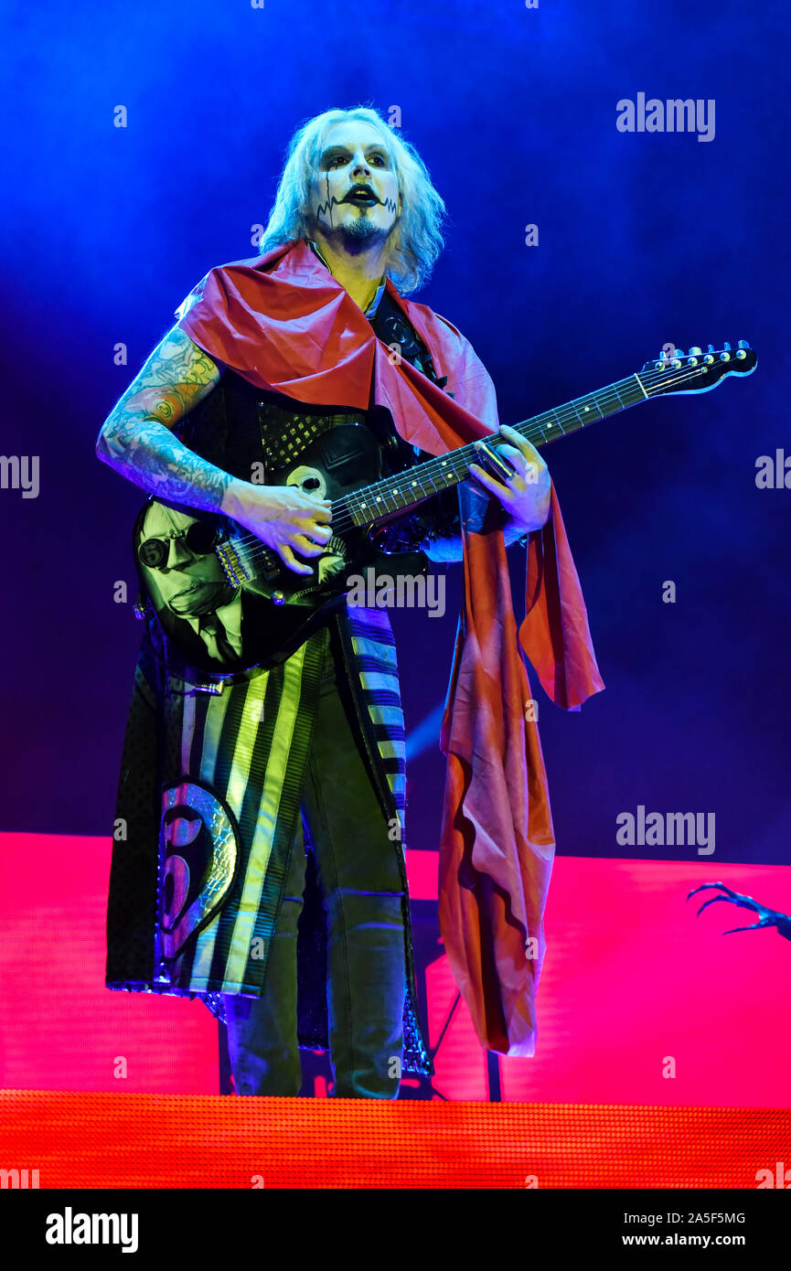 Las Vegas, Nevada, USA. October 19, 2019. John 5 guitarist for Rob Zombie performing on stage at the third annual Las Rageous heavy metal music festival held at the Downtown Las Vegas Events Center. Photo Credit: Ken Howard Images Credit: Ken Howard/Alamy Live News Stock Photo