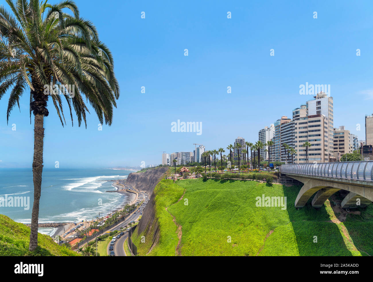 View of Miraflores from Parque Intihuatana on the clifftops overlooking the Pacific Ocean, Lima, Peru, South America Stock Photo