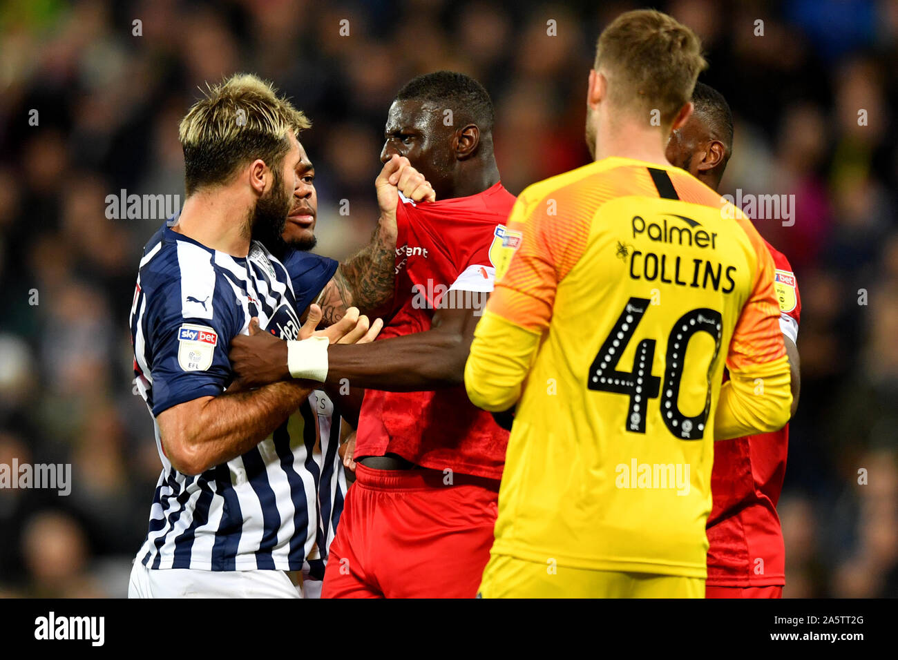 West Bromwich Albion S Charlie Austin Exchanges Words With Barnsley S Bambo Diaby During The Sky Bet Championship Match At The Hawthorns West Bromwich Stock Photo Alamy