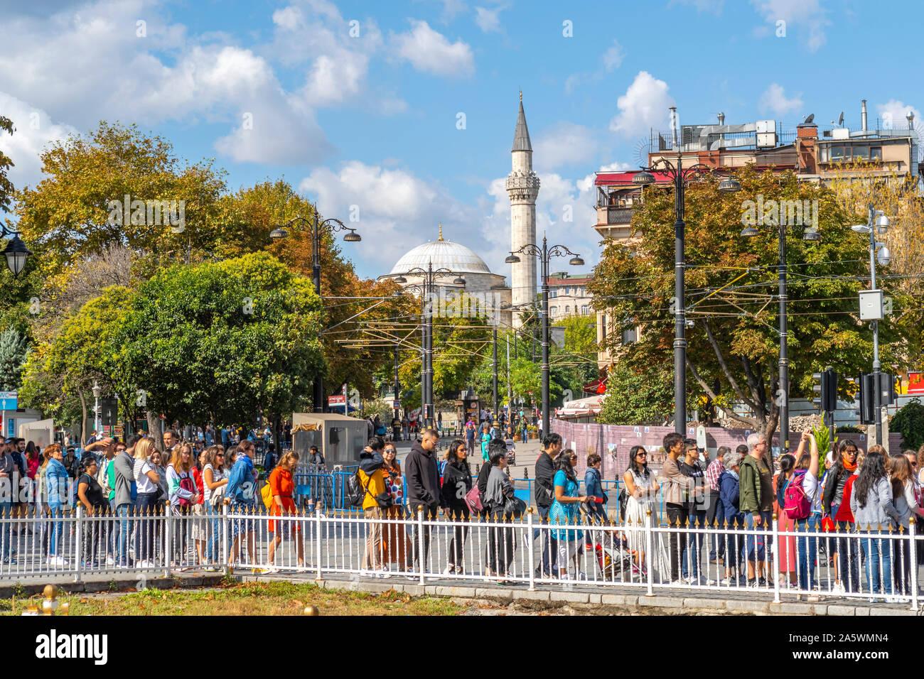 Visitors line up to visit the Hagia Sophia museum in Sultanahmet Square in Istanbul, Turkey Stock Photo