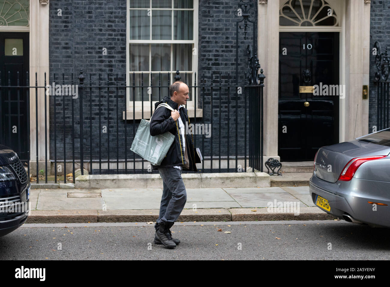 London,UK 23rd October 2019: Dominic Cummings makes his way to PM Johnsons car in  Downing Street ahead of House of Commons for PMQ's. Claire Doherty/Alamy Live News Stock Photo