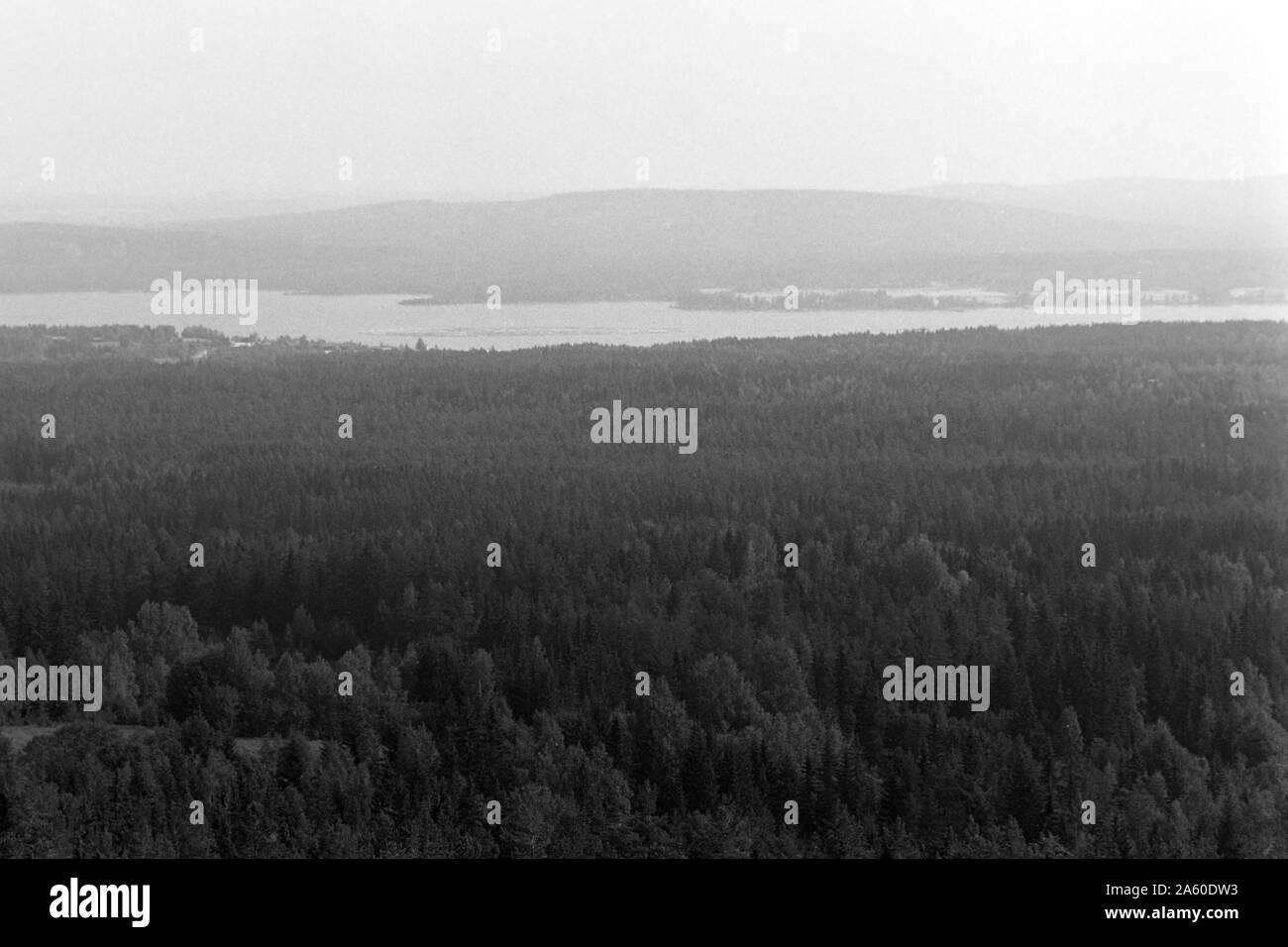 File:Dalarna, Siljansns. Bondgrd i Fornby. Teckning av
