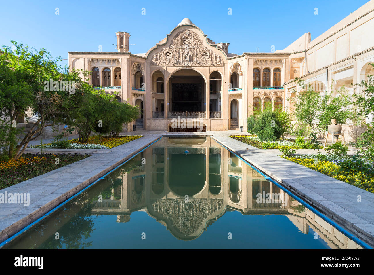 Borujerdi House, Courtyard and pond, Kashan, Isfahan Province, Islamic Republic of Iran, Middle East Stock Photo