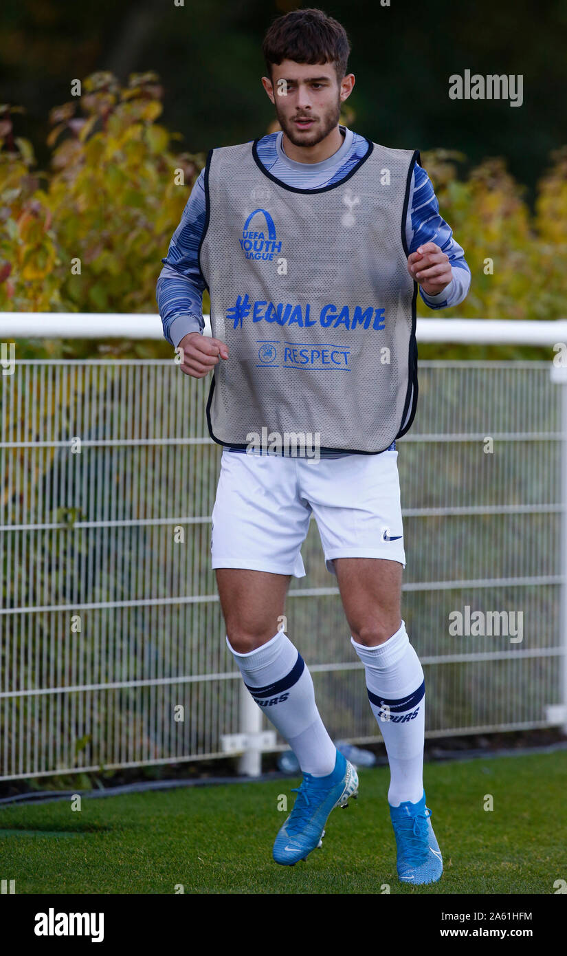 Enfield England October 22 Maurizio Pochettino Of Tottenham Hotspur Son Of Tottenham Hotspur First Team Manager Mauricio Pochettino During Uafa Yo Stock Photo Alamy