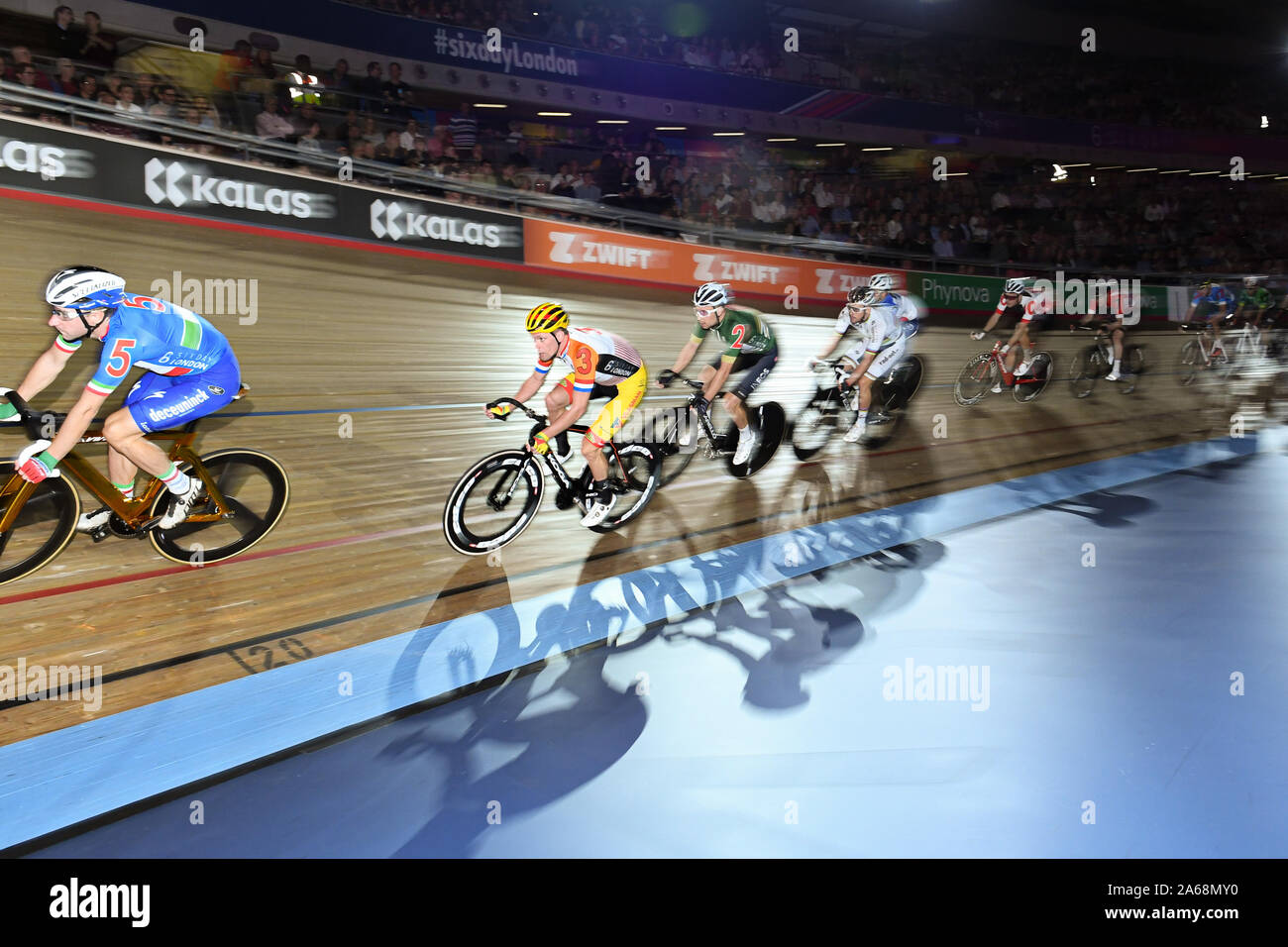 LONDON, UNITED KINGDOM. 24th Oct, 2019. Wim Stroetinga of Netherlands competes in ManÕs Elimination race during Day 3 of Six Day London 2019 at Lee Valley VeloPark on Thursday, October 24, 2019 in LONDON, UNITED KINGDOM. Credit: Taka G Wu/Alamy Live News Stock Photo