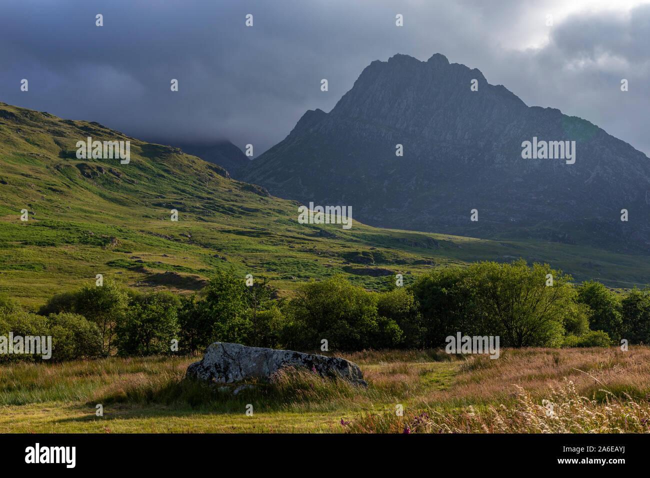 Tryfan mountain in the Glyderau range, Snowdonia, North Wales Stock Photo