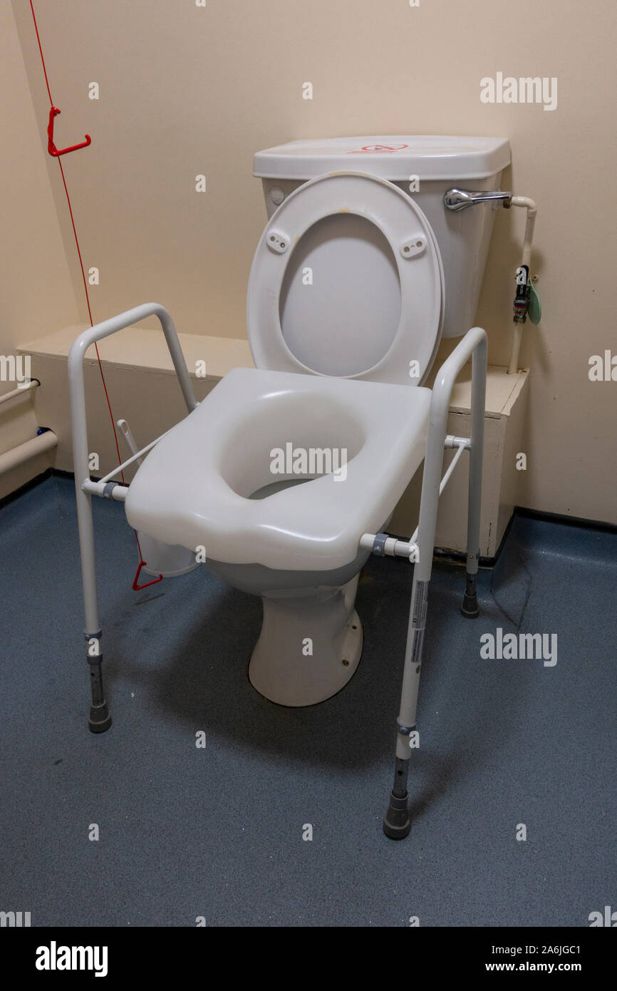 Groovy Toilet Seat Stock Photos Toilet Seat Stock Images Alamy Pdpeps Interior Chair Design Pdpepsorg