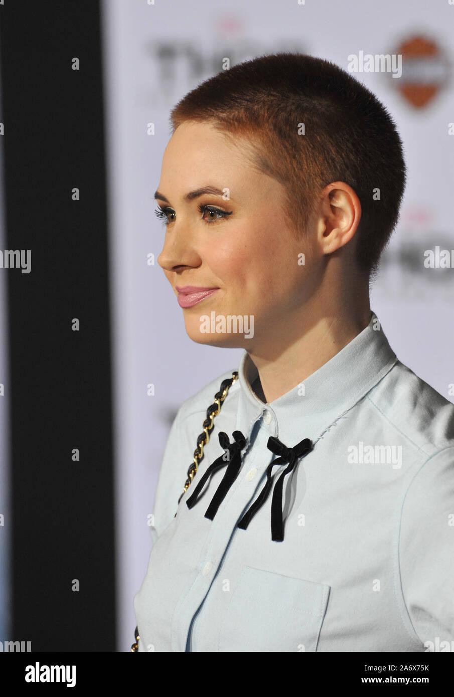 Karen Gillan Short Hair High Resolution Stock Photography And Images Alamy