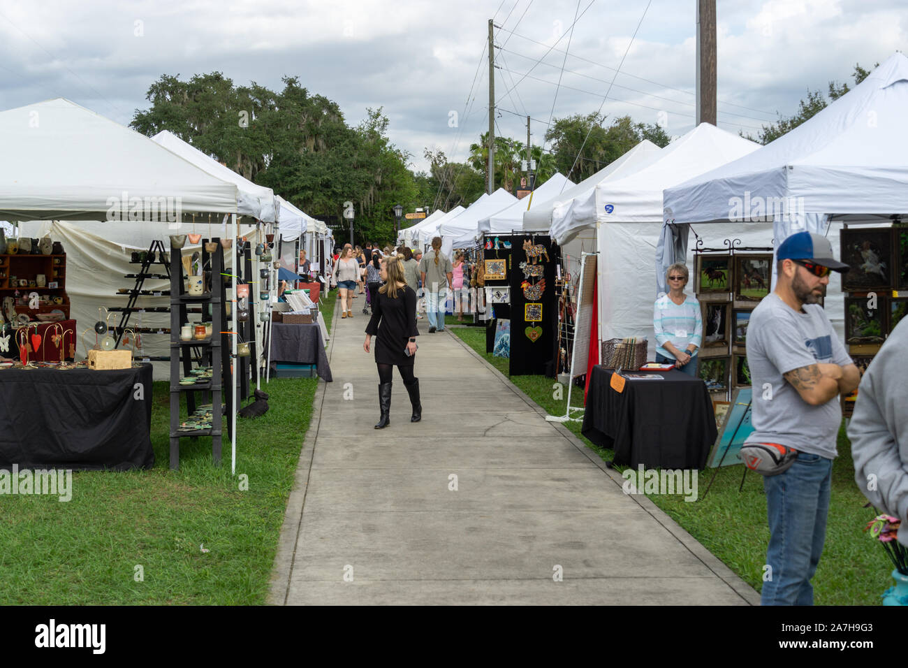 November 2 2019 Inverness Fl Exhibitors Line The Streets Of Courthouse Square In Downtown Inverness For The 49th Annual Festival Of The Arts Stock Photo Alamy