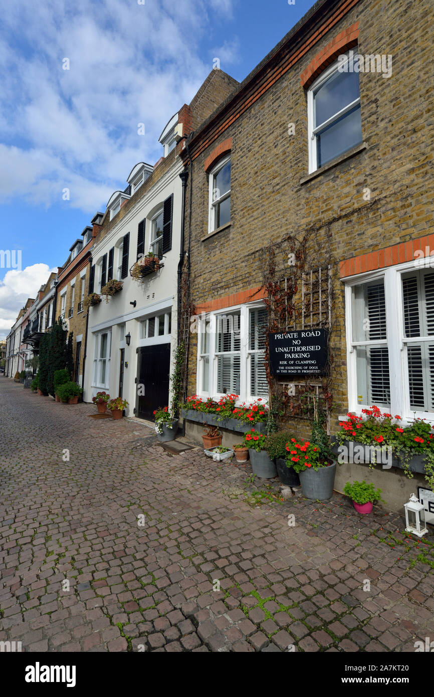Terraced Residential Mews Houses Lennox Gardens Mews, Chelsea, London, United Kingdom Stock Photo