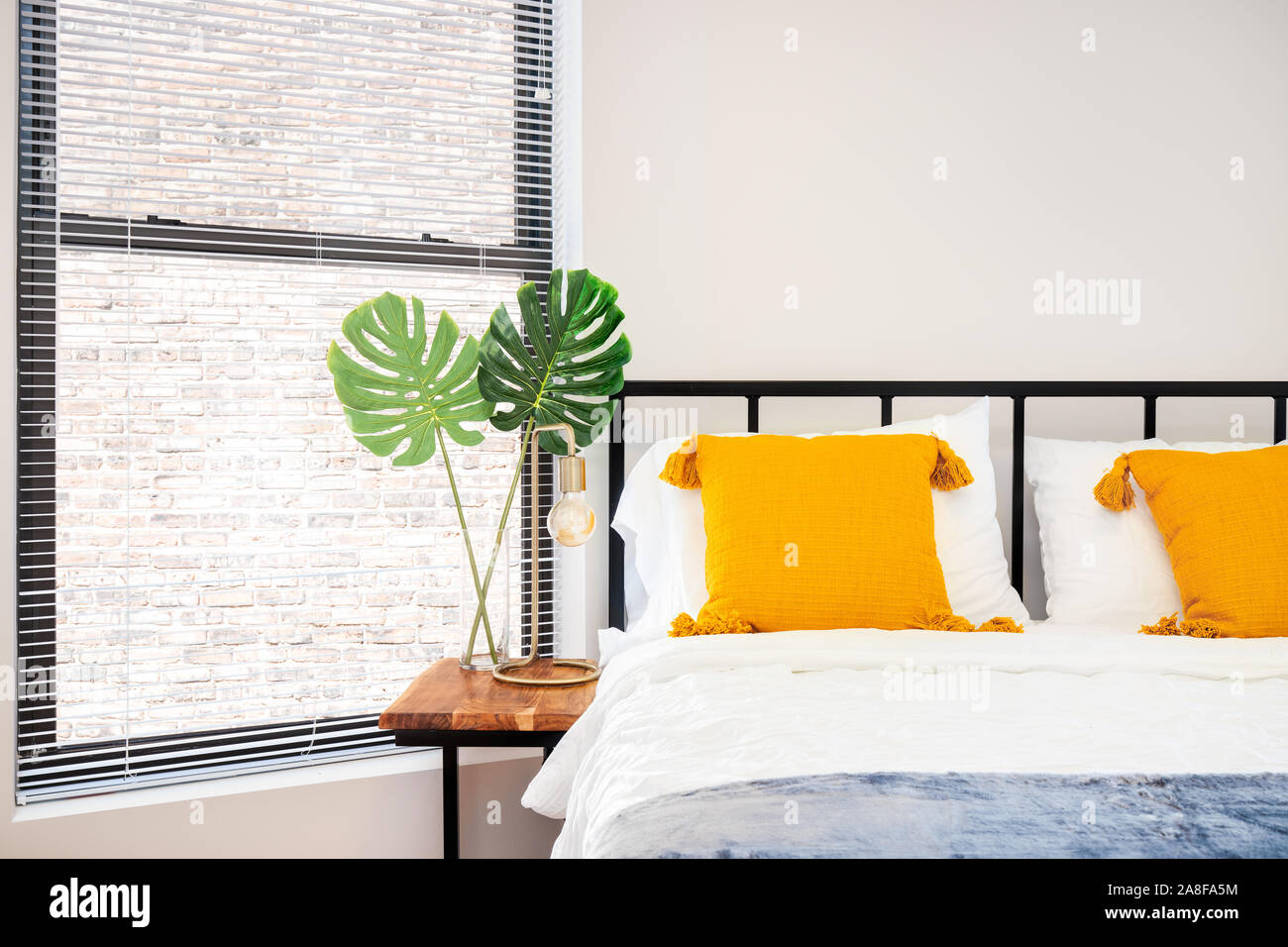 Accent Pillows High Resolution Stock Photography And Images Alamy