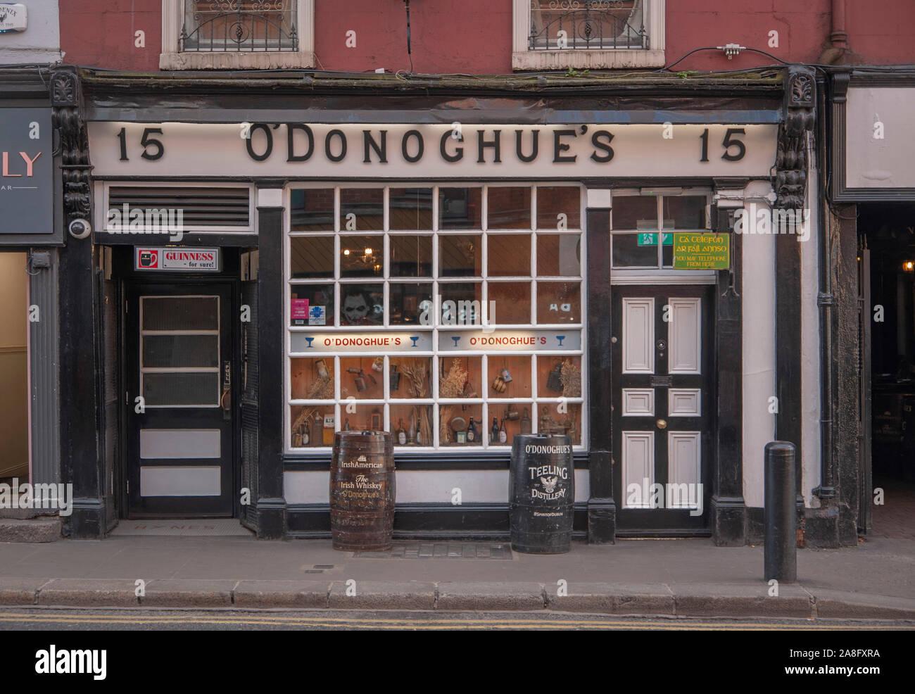 O'Donoghue's public house in Dublin Ireland Stock Photo