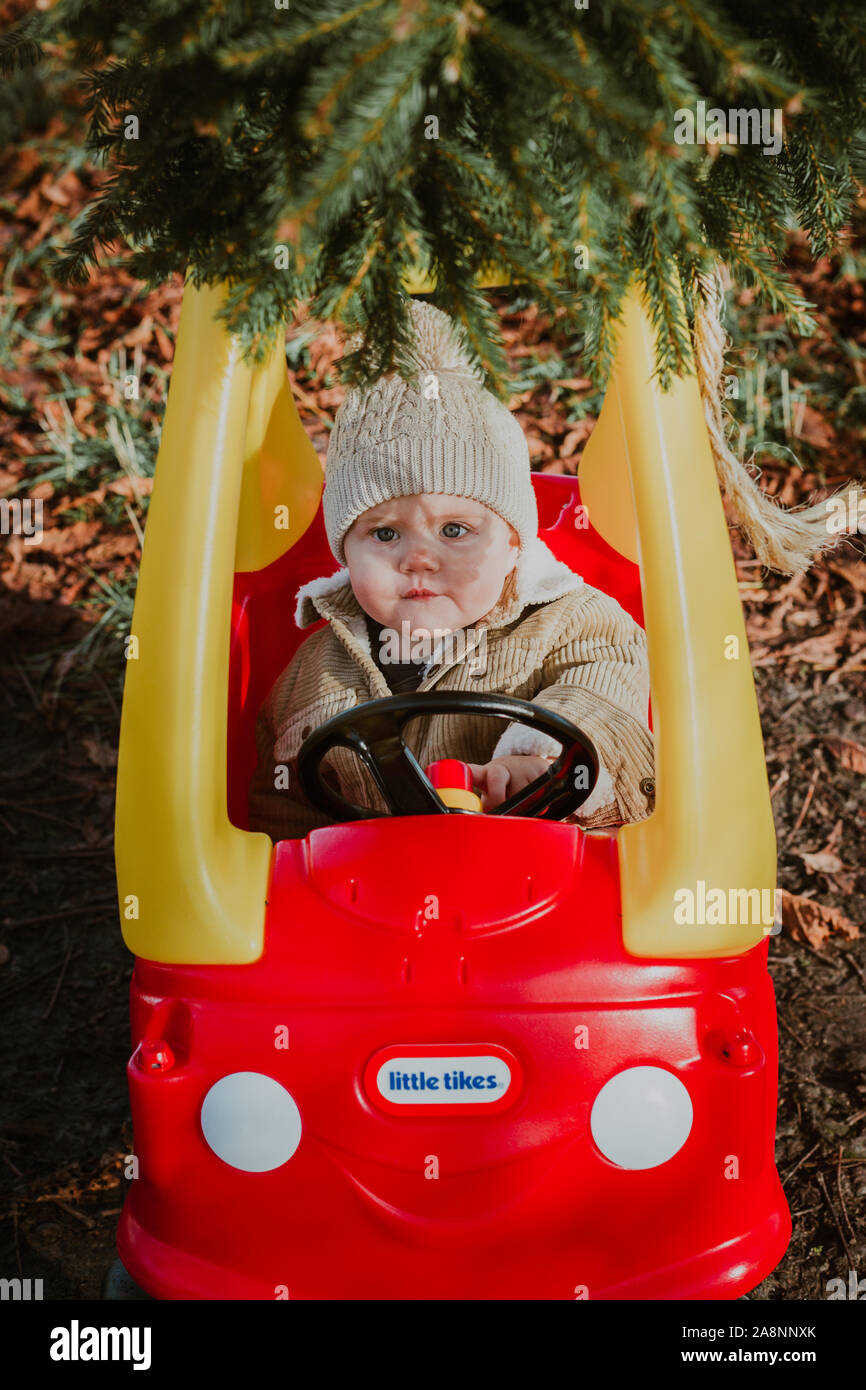 Cozy Coupe High Resolution Stock Photography And Images Alamy