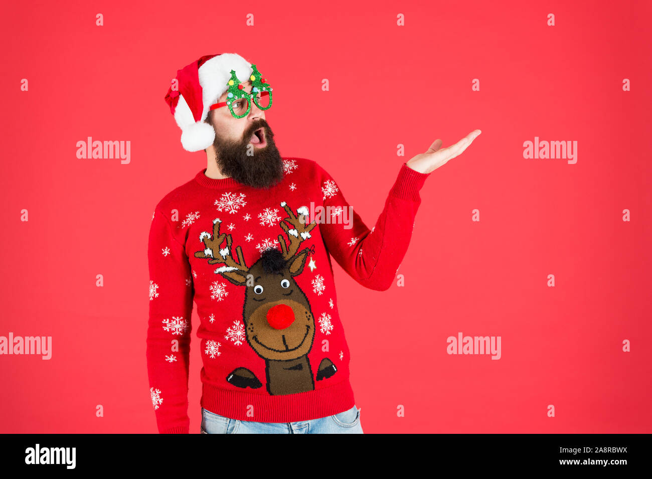Best Price New Year Sales Here Bearded Santa Man Party Glasses Surprised Santa Ready To Celebrate Xmas Its Time For Christmas Man Reindeer On Knitted Sweater Winter Holiday Cold Season Clothes Stock