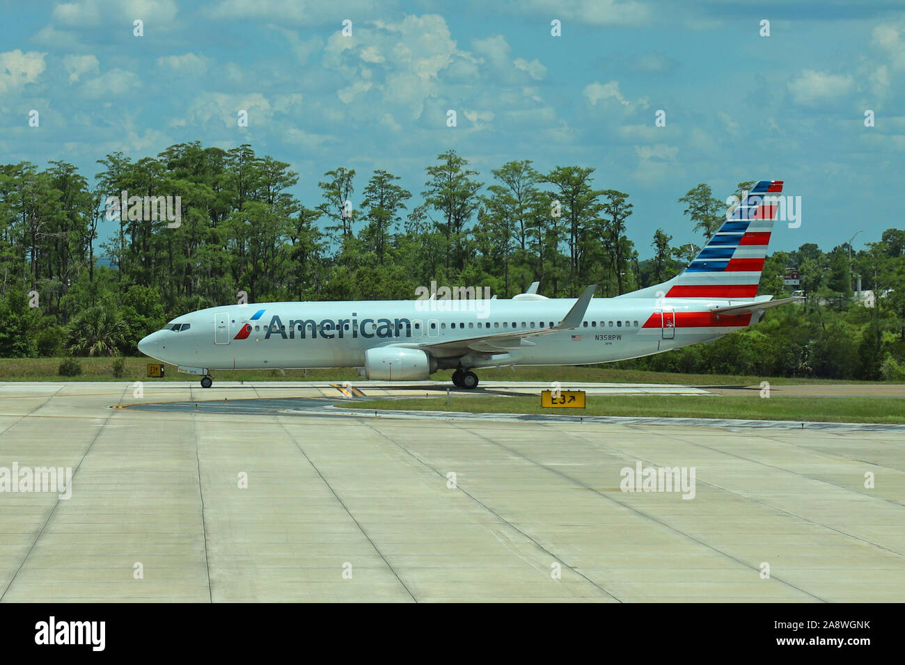 American Airlines Boeing 737-823 aircraft N368PW Stock Photo