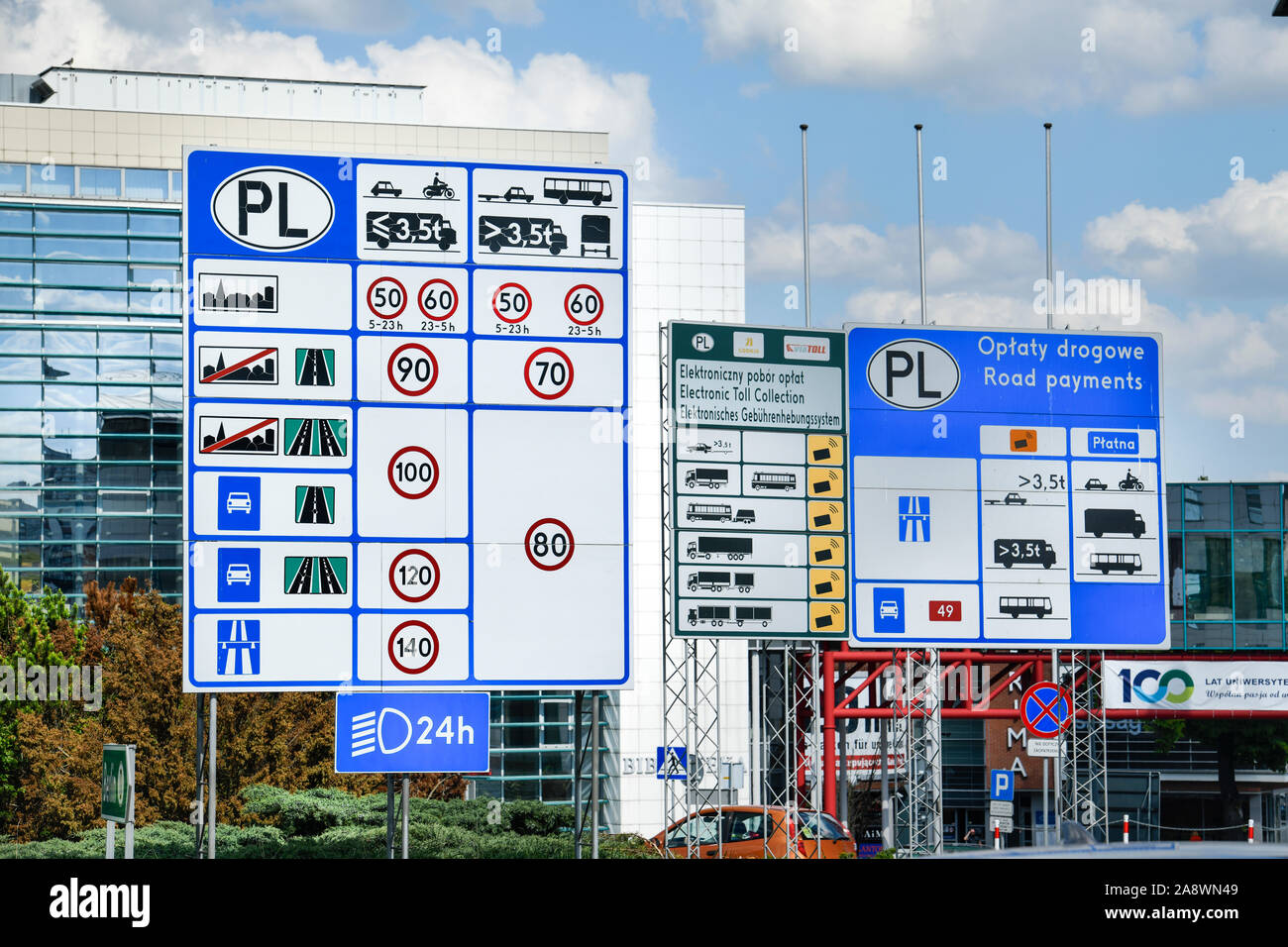 Ortseingang, Verkehrsschilder, Verkehrsregeln, Slubice, Polen Stock Photo