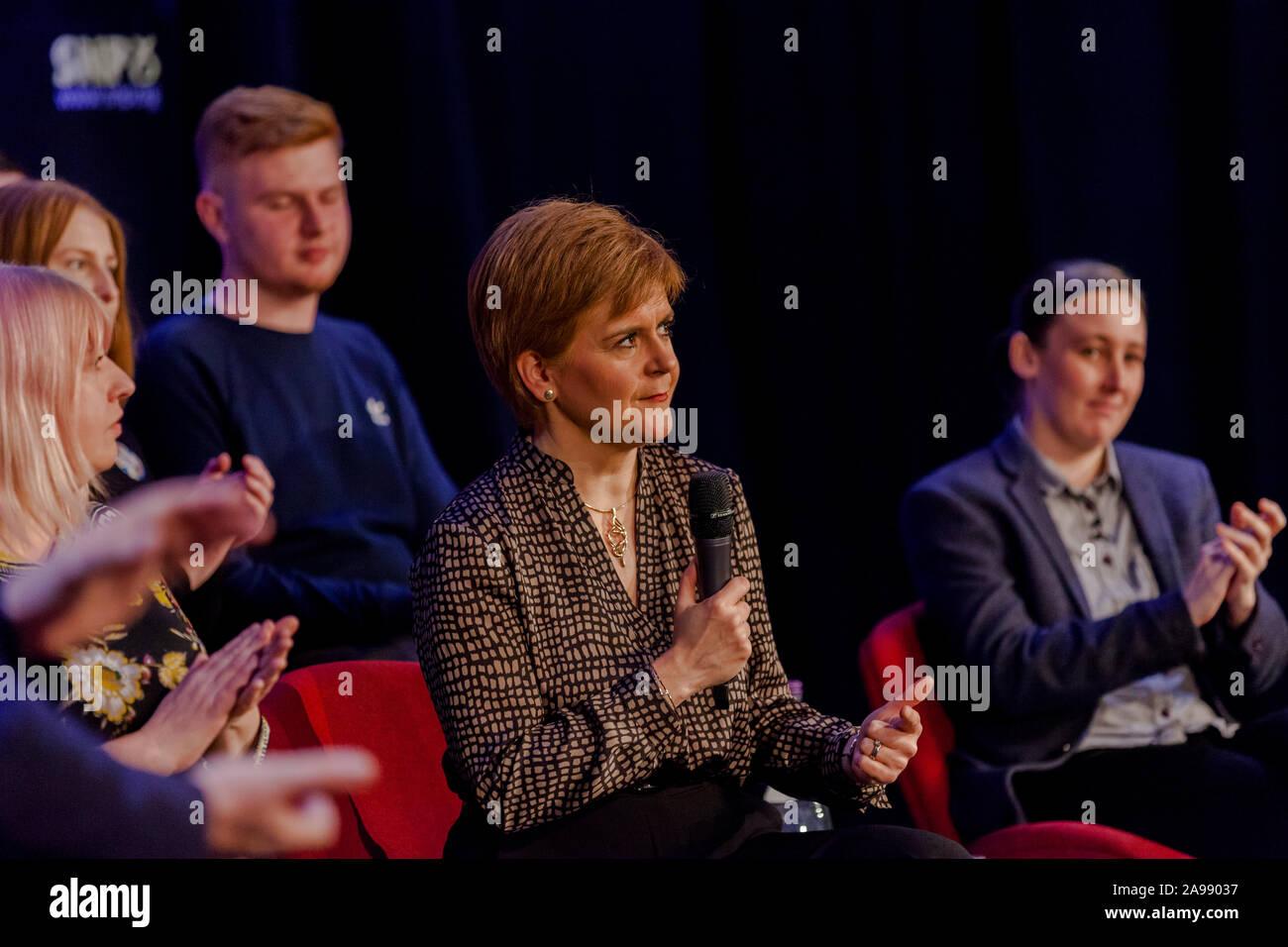 First Minister Nicola Sturgeon & Mhairi Black Paisley November 12th 2019 Stock Photo