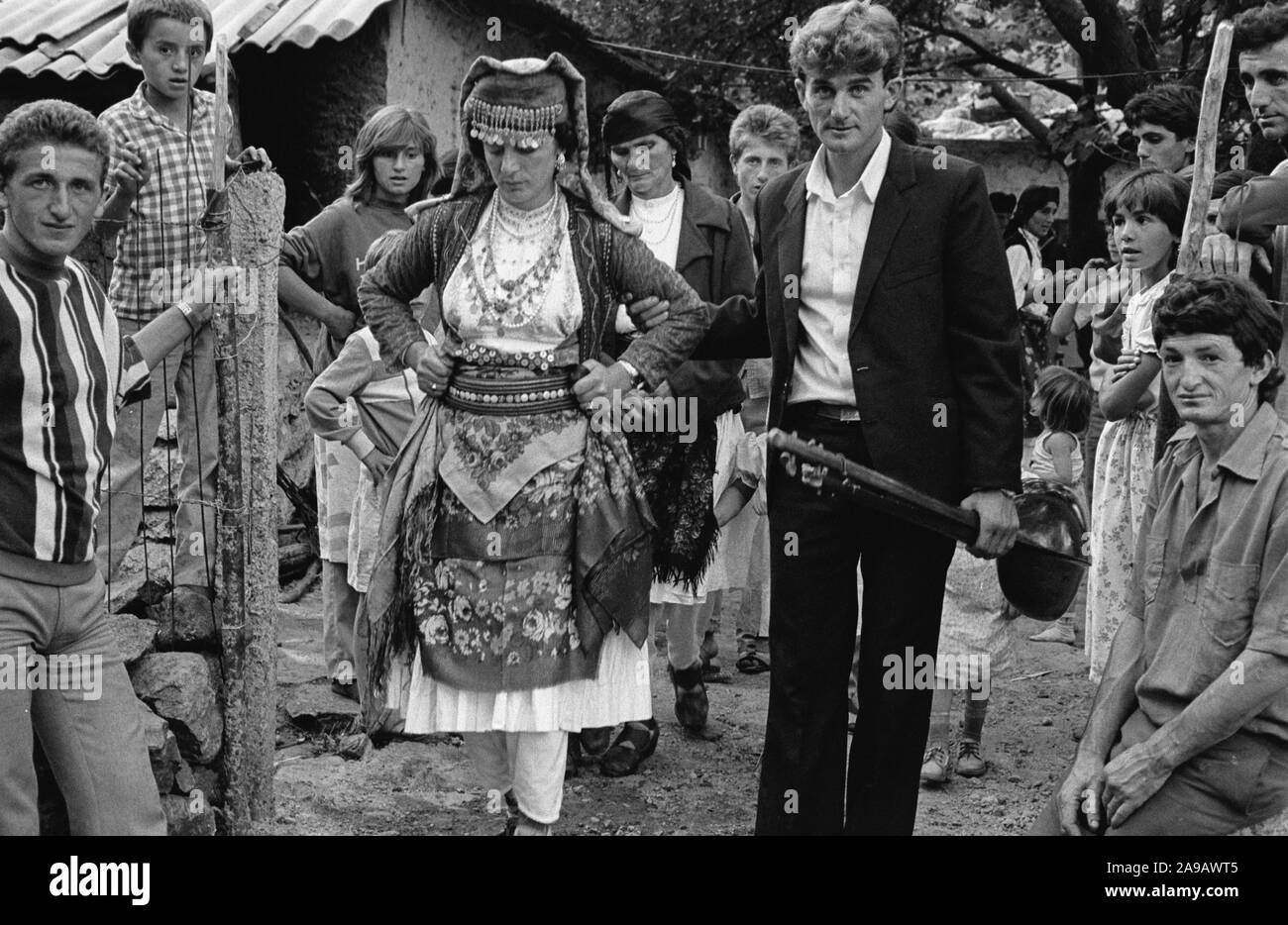 WEDDING PARTY, JUBANI (?), NEAR SHKODRA, ALBANIA, SEP' 91 Stock Photo