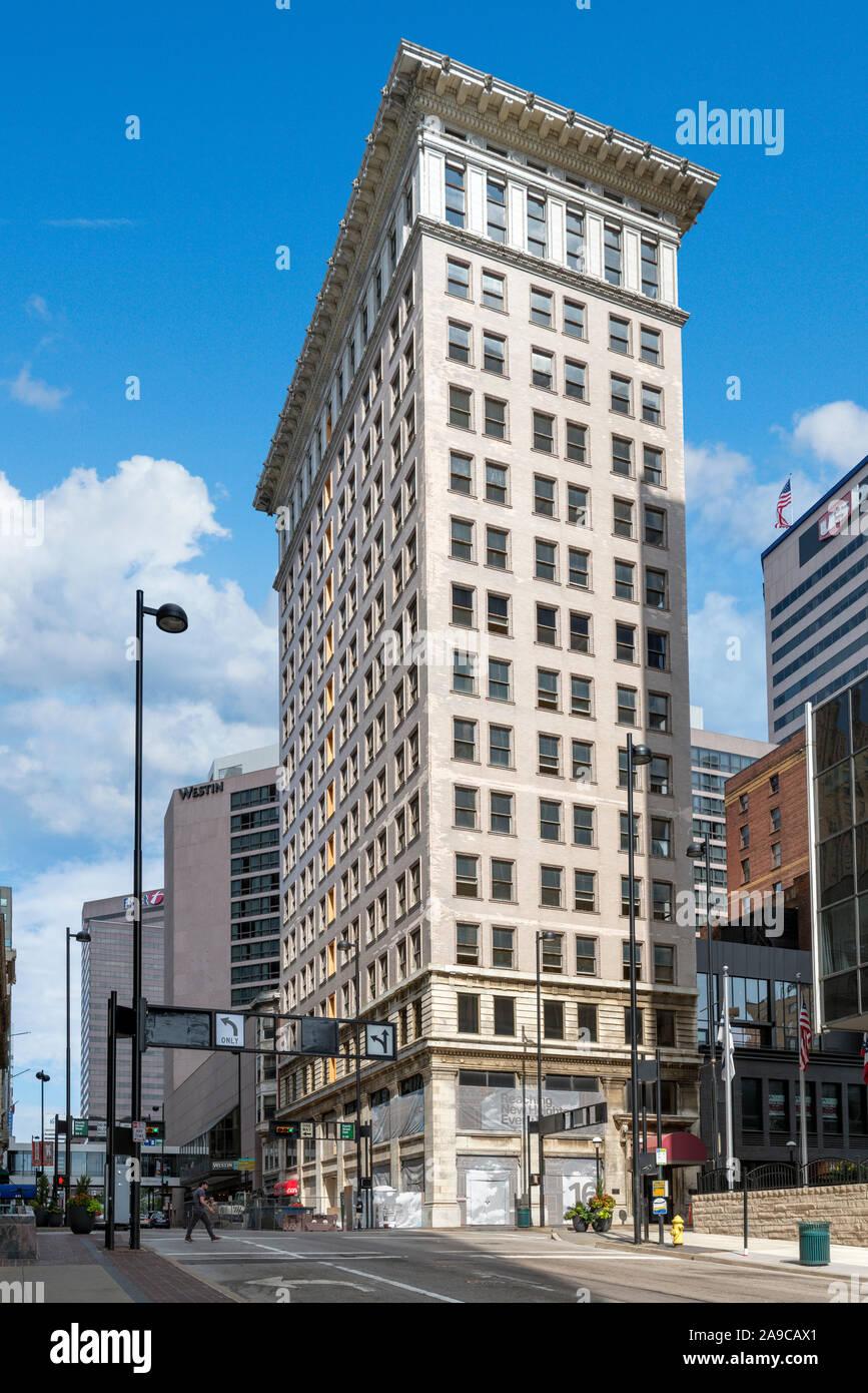 The Ingalls Building, W 4th and Vine Streets, Cincinnati, Ohio, USA. Stock Photo