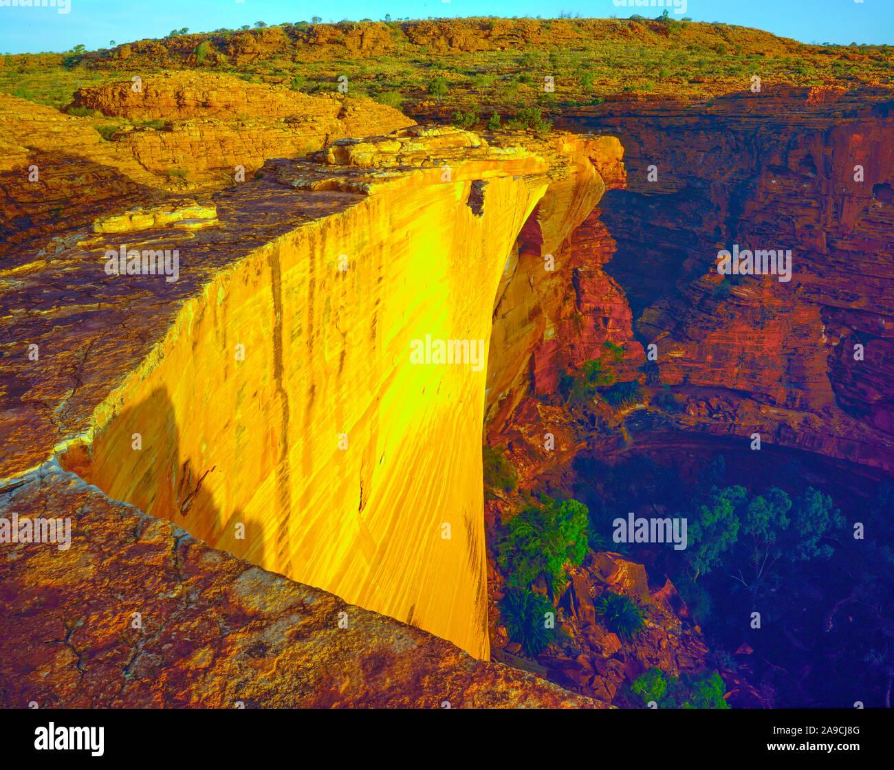 Rim of King Canyon, Watarrka National Park, Australia, Australian Red Centre Way Stock Photo