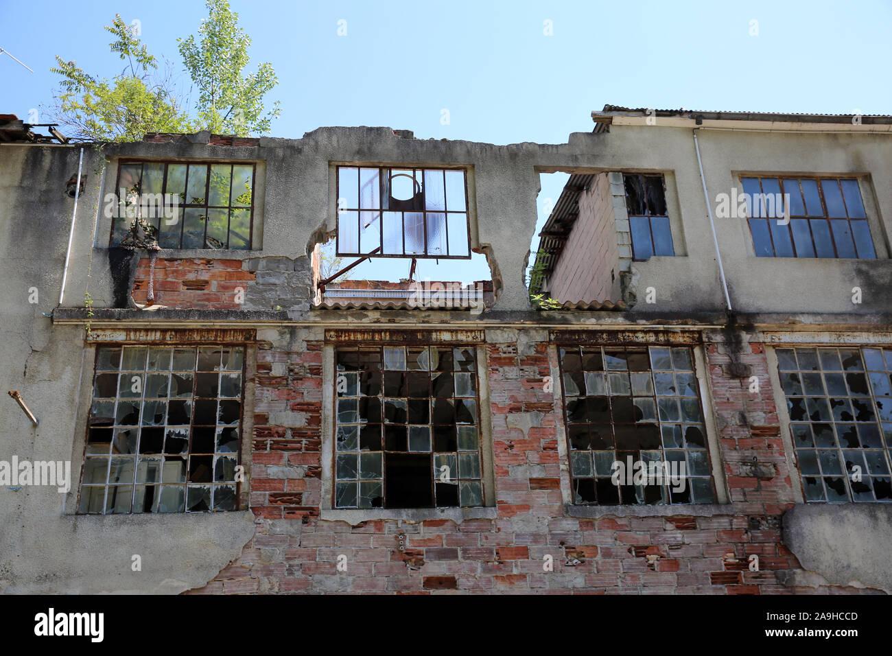 Derelict Building, La Sône, La Rhone-Vercors, France Stock Photo