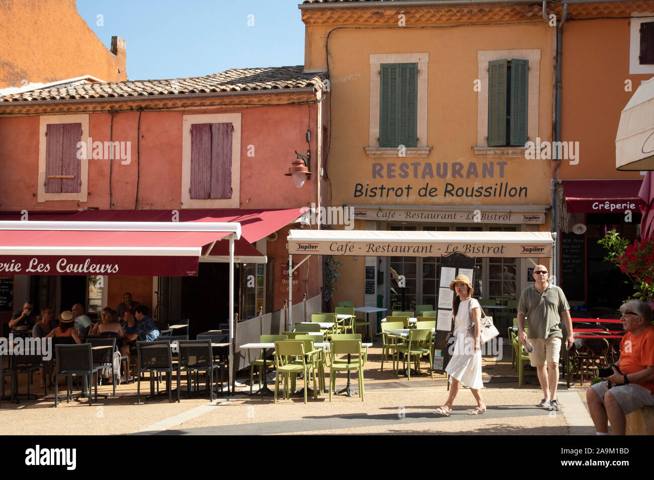 Couleurs Facades En Provence roussillon restaurant in luberon france provence region of