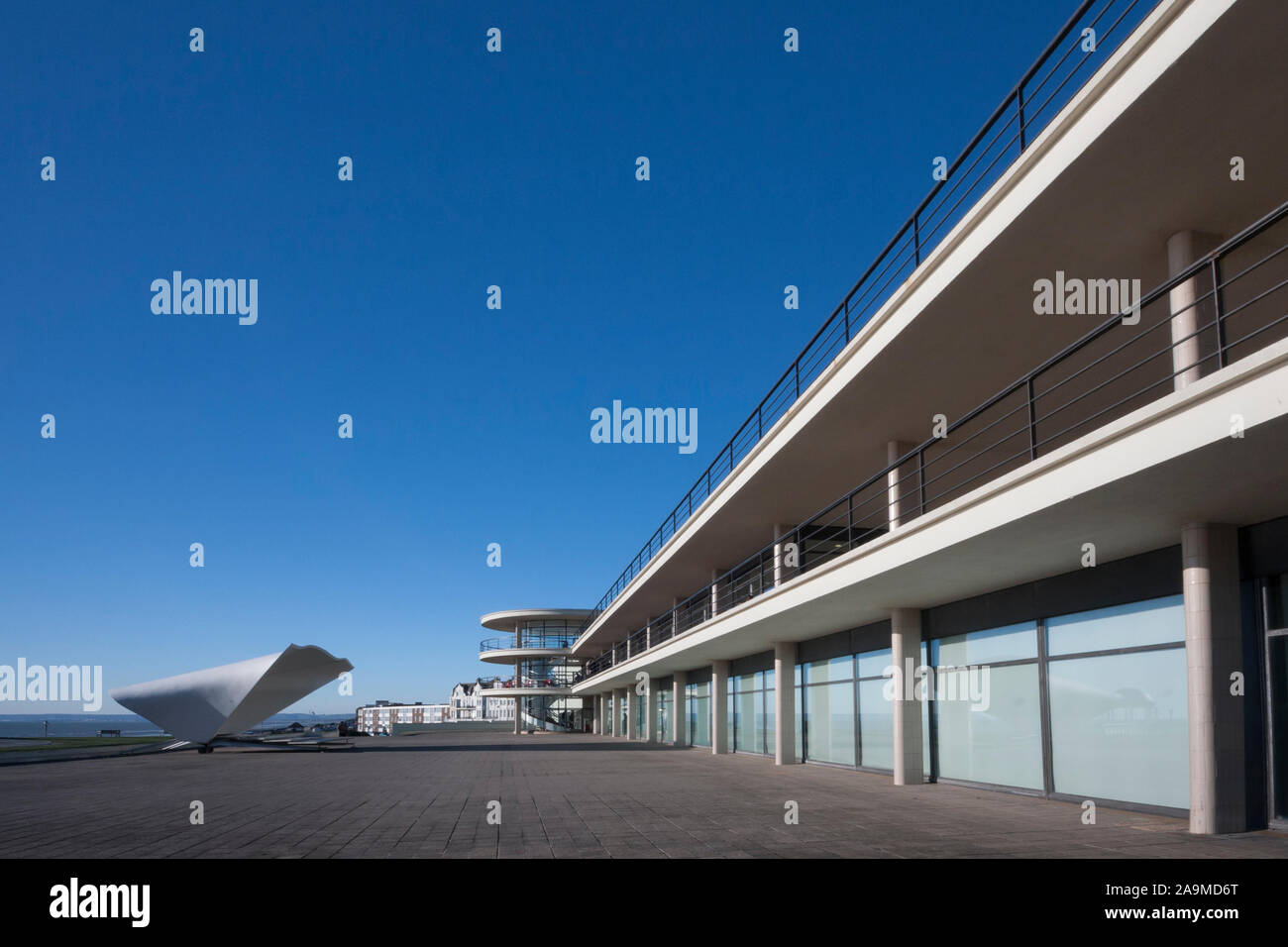 De La Warr Pavilion building, terrace and bandstand, Bexhill-on-Sea, East Sussex, England, UK Stock Photo