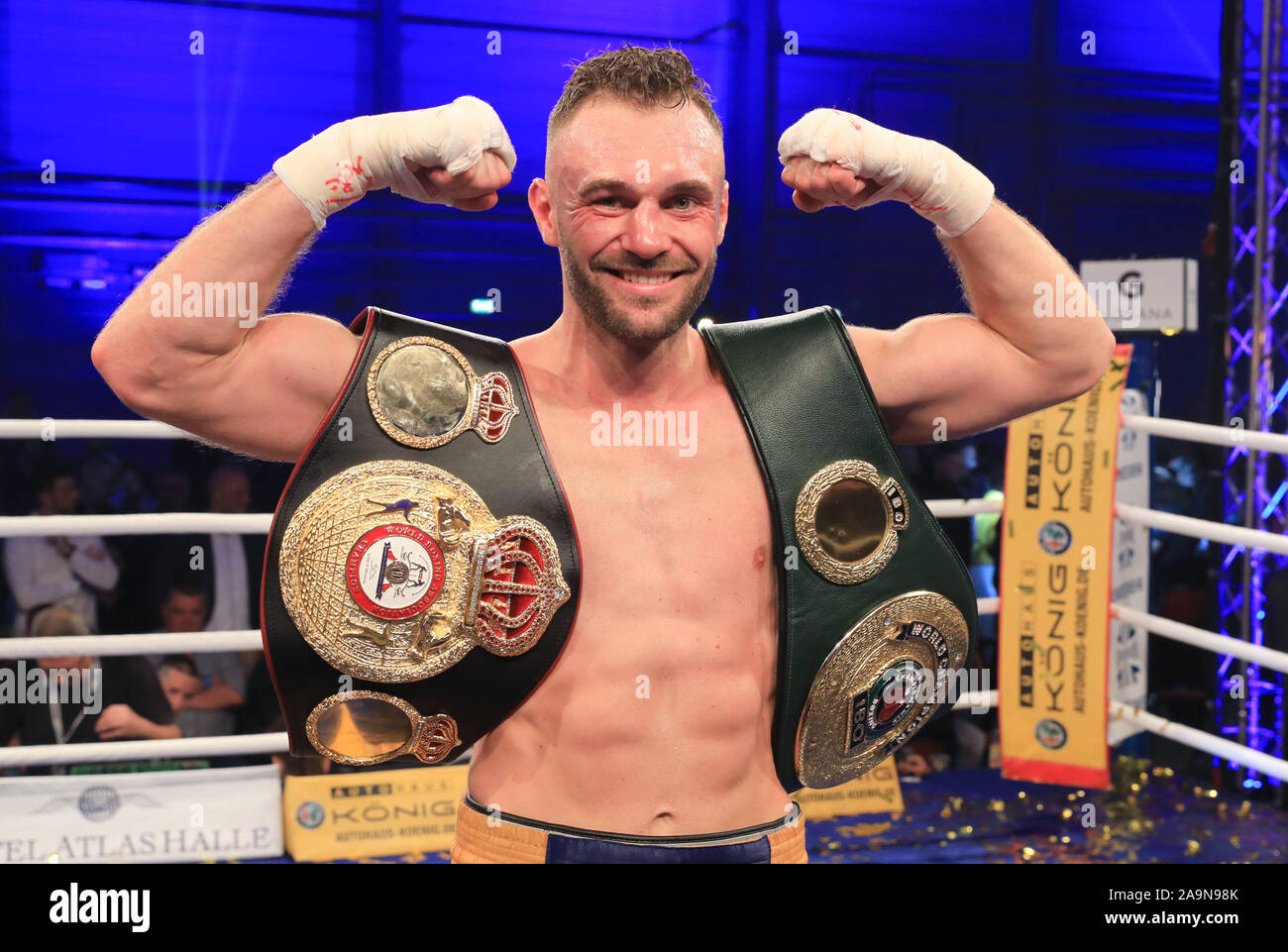 Halle Germany 16th Nov 2019 Boxing The Wba Interim And Ibo World Championships In Light Heavyweight