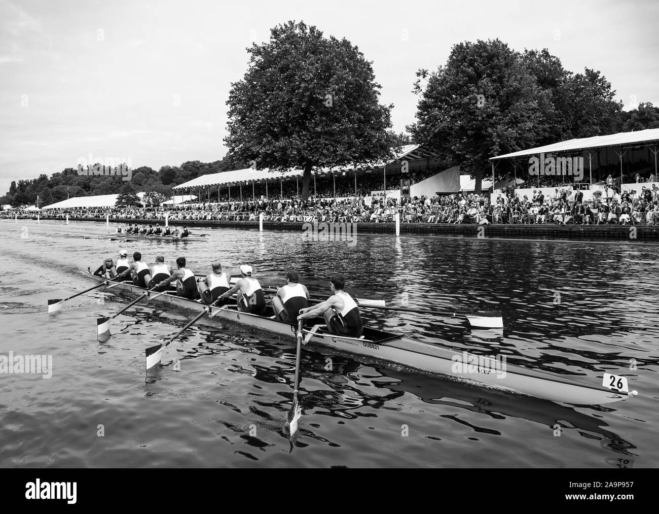 Henley-on-Thames. United Kingdom.  Ladies Challenge Cup, Brown University USA, passing the progress board, during their winning heat to progress to Sat's Semi Final. 2017 Henley Royal Regatta, Henley Reach, River Thames.    15:06:10  Friday  30/06/2017     [Mandatory Credit. Peter SPURRIER/Intersport Images. Stock Photo