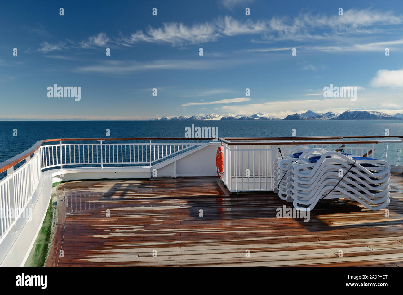 The coastline of Spitsbergen, seen from a cruise ship sailing into Kongsfjorden. Stock Photo