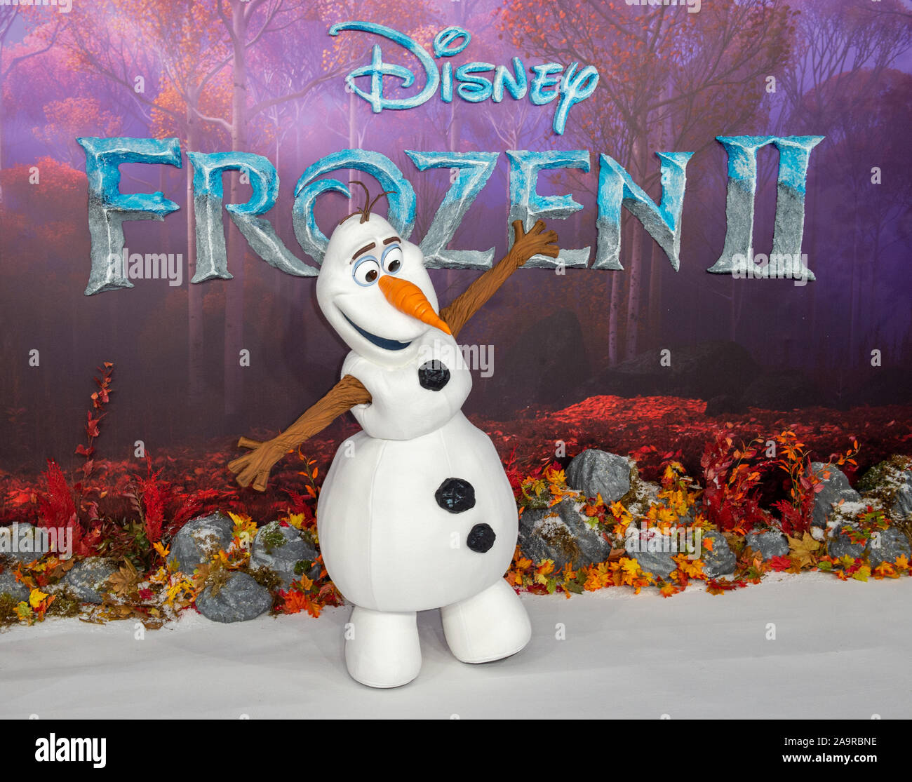 London, UK. 17th Nov, 2019. 'Olaf' attends the 'Frozen 2' European Premiere held at the BFI Southbank. Credit: Peter Manning/Alamy Live News Stock Photo