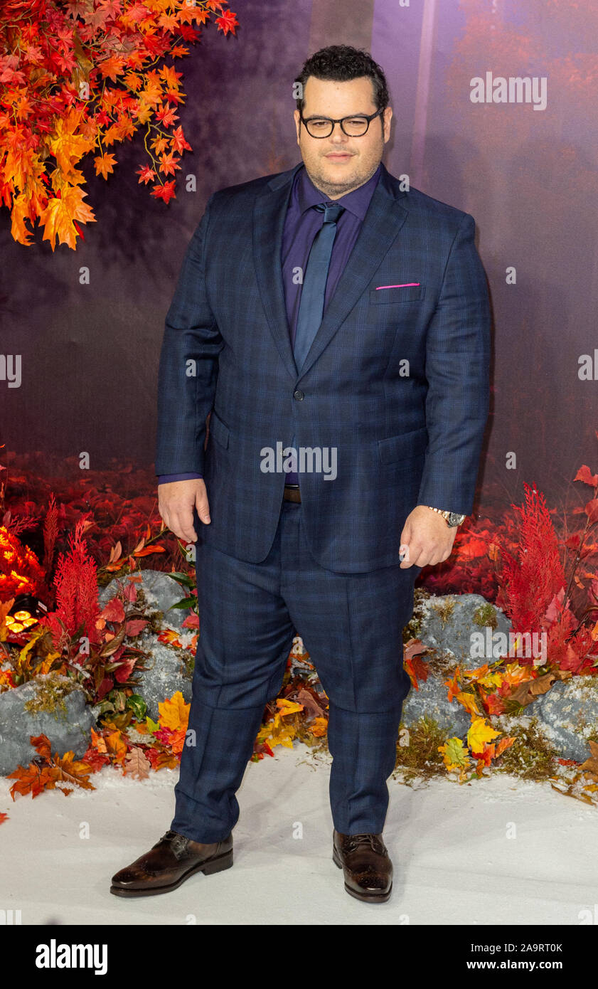 London, UK. 17 November 2019. Josh Gad attends the 'Frozen 2' European Premiere held at the BFI Southbank. Credit: Peter Manning/Alamy Live News Stock Photo