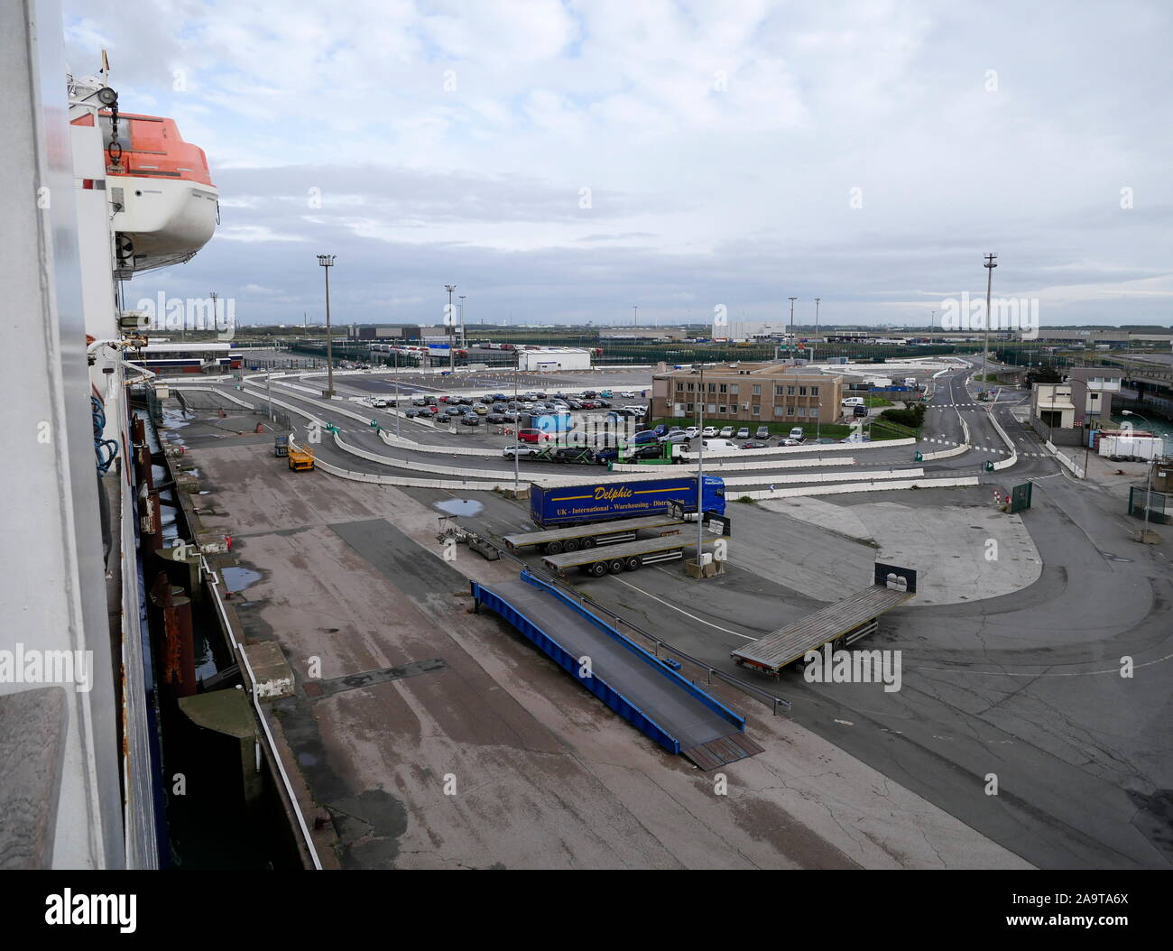 AJAXNETPHOTO. 2019. DUNKERQUE, FRANCE. - FERRY TERMINAL - INFRASTRUCTURE AND PORT OFFICE COMPLEX.PHOTO:JONATHAN EASTLAND/AJAX REF:GX8 191510 20907 Stock Photo