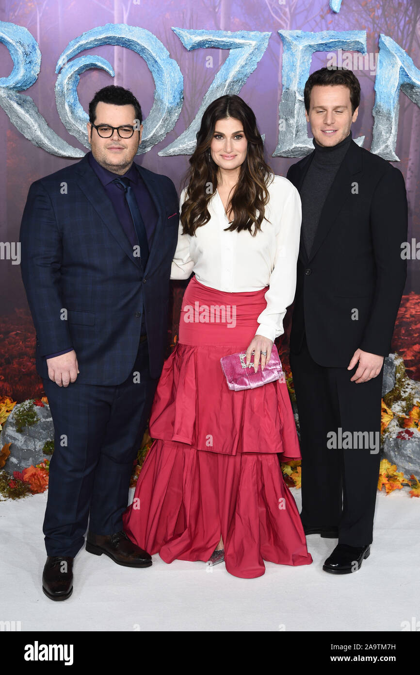 "London, UK. 17th Nov, 2019. LONDON, UK. November 17, 2019: Josh Gad, Idina Menzel & Jonathan Groff arriving for the ""Frozen 2"" European premiere at the BFI South Bank, London. Picture: Steve Vas/Featureflash Credit: Paul Smith/Alamy Live News Stock Photo"