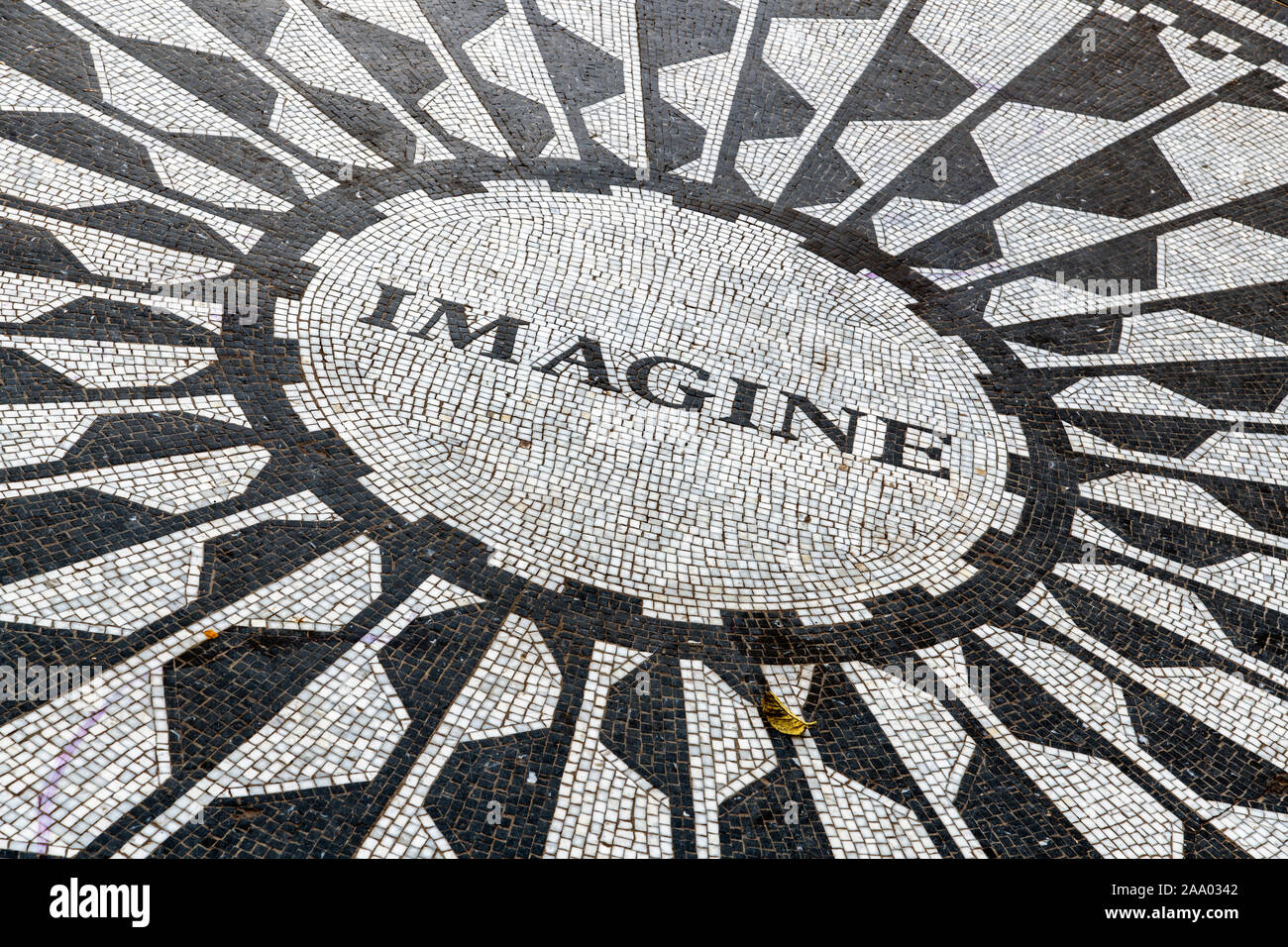 Imagine circular pathway mosaic, Strawberry Fields memorial, Central Park, Manhattan, New York, USA Stock Photo
