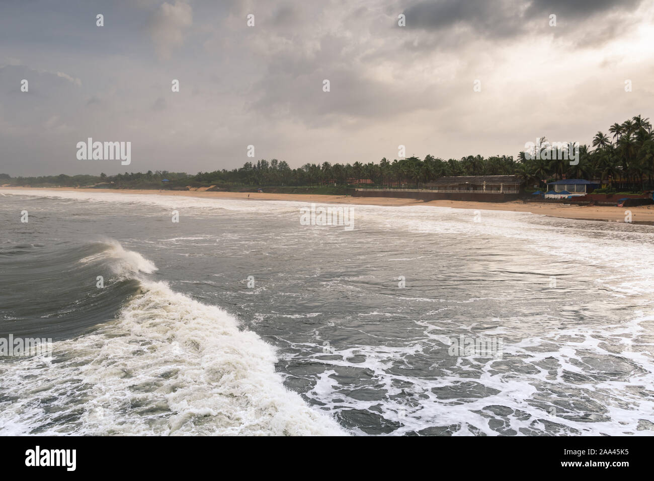 Seashores Blue Sky High Resolution Stock Photography And Images Alamy