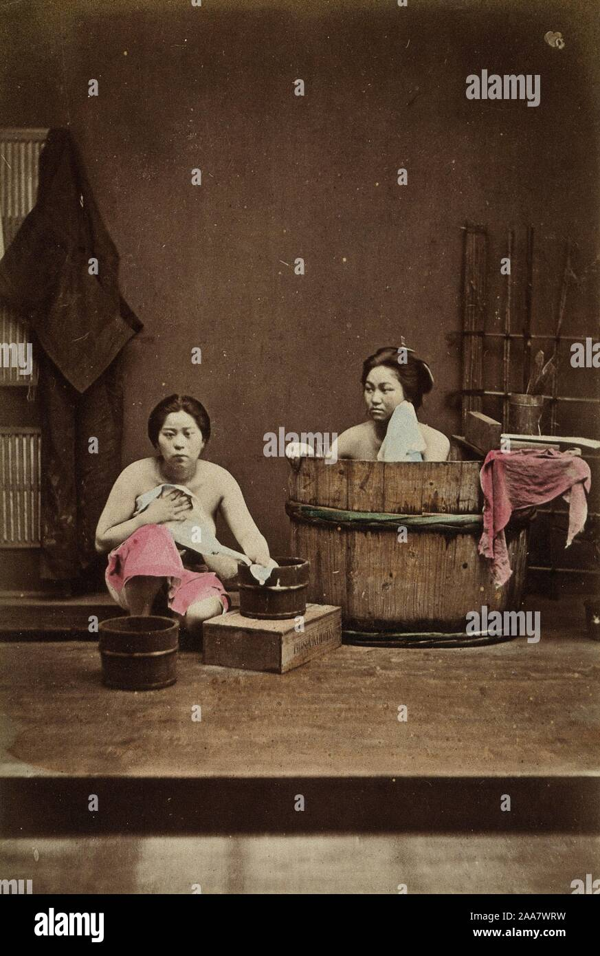 Vintage Tub Woman High Resolution Stock Photography and Images - Alamy