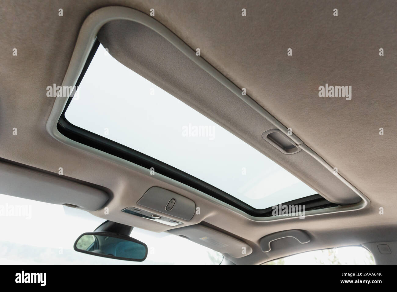 Car Sunroof Stock Photos Car Sunroof Stock Images Alamy