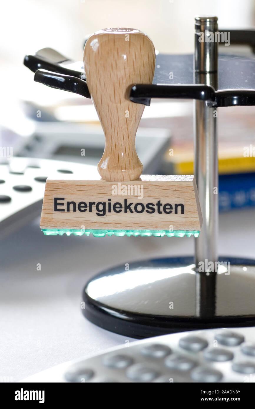 Stempel mit der Aufschrift Energiekosten Stock Photo