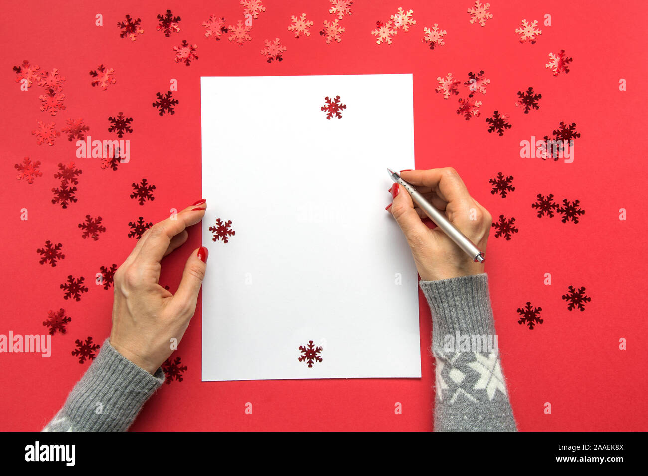 Christmas Wish List 2020.Woman Writing Goals Checklist Plans And Dreams Happy New