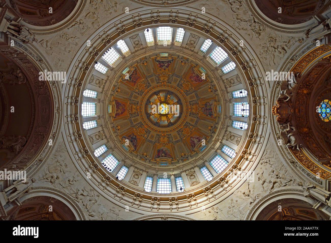Blick in die Kuppel,  Berliner Dom, Berlin, Deutschland Stock Photo